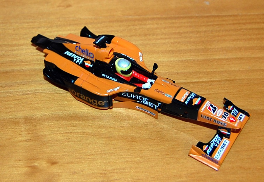 f1 arrows orange